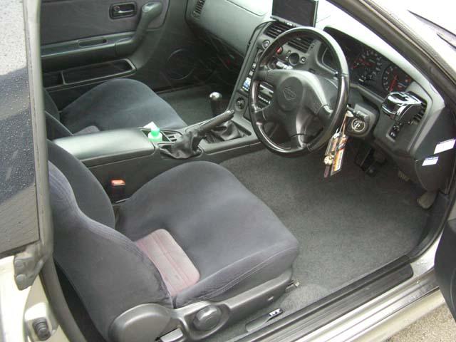 GT-R(R33)フロアカーペット張替!